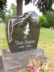 lake view (seattle, wa) (DeadManTalking) Tags: seattle cemetery washington kingcounty lakeviewcemetery deadmantalking