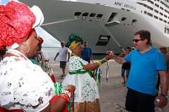 Terminal Martimo de Passageiros do Porto de Salvador (Fotos GOVBA) Tags: de do foto terminal porto bahia salvador turistas estado martimo governo eli passageiros corra govba