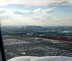 photo - On Approach into Newark Airport (EWR) (Jassy-50) Tags: skyline photo newjersey airport container newark ewr lookingdown fromaplane trainyard newarkairport viewfromwindow intermodal intermodalyard intermodaltrainyard viewforairplanewindow bermudanyc2014
