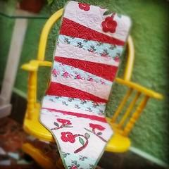 Trilho de mesa para Amanda! Amei fazer e quero um pra mim! #patchwork #mesa #decor #quilt #amor (Joana Joaninha) Tags: belohorizonte patchwork mesa curso bh trilho patc joanajoninha