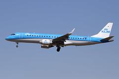 19 juin 2014 - KLM  Embraer 190  (PH-EXD) - LFBO - TLS (gimbellet) Tags: canon airplane airport nikon aircraft aviation airplanes airbus a380 boeing toulouse aeroport blagnac a330 spotting tls a340 a320 avions atr spotter aeronautique a350 toulouseblagnac a400m
