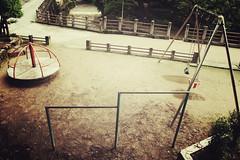 高山市 Takayama + Playground | Japan, July 2014 (Sebastien BERTRAND) Tags: playground japan canon streetphotography streetphoto japon kanazawa photoderue 高山市 airedejeux eos40d canon40d fotomato sebfotomato sébastienbertrand sebastienbertrand