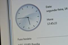 Tempo_3 (Willian Welbert) Tags: windows tempo relgio exposio longa segundos passando ponteiros ponteiro
