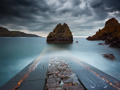 Pettico Wick (Alistair Bennett) Tags: sunset seascape evening scotland rocks slipway eyemouth stabbshead scottishborders petticowick gnd09se canonef1740mm4lusm