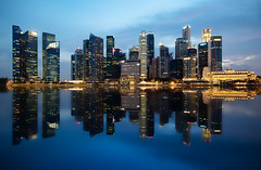 Faux Skyline Reflection (JamCanSing) Tags: reflection skyline marina bay singapore district fake faux bluehour financial fullerton citibank marinabay maybank