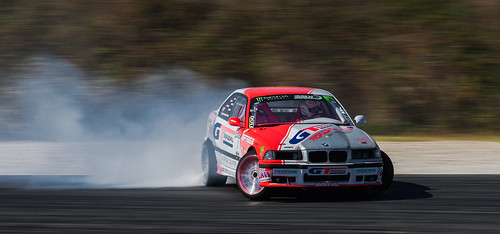 https://www.twin-loc.fr Championnat Européen de DRIFT - Bordeaux Mérignac Gironde 13 et 14 septembre 2014 - BMW M3 - Moteur Engine Puissance Power Car Speed Vitesse Explorer Explore Circuit Champion - Picture Image Photography - King of Europe KOE - t