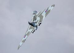 Vulcan XH558 climb away (Steve G Wright) Tags: aircraft airshow vulcan av airdisplay xh558 littlegransden vulcantothesky