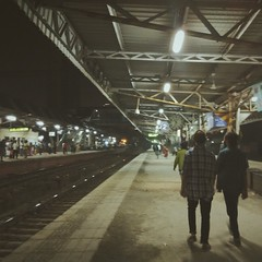 The Weekend Ahead (King Sidharth) Tags: station train point perspective hipster hippy local mumbai vanishing vsco