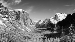 Tunnel View, Yosemite (thomasdwyer) Tags: yosemite yosemitenp nationalpark california tunnel tunnelview ca cali nocal winter nature snow cold ice halfdome dome elcap elcapitan bridalveilfalls view scenic landscape bw blackandwhite blackwhite anseladams 16x9
