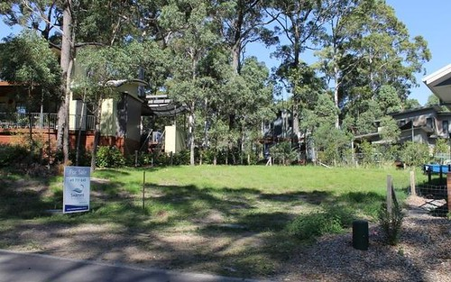 16 Saltwater Row, Murrays Beach NSW 2281