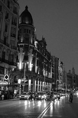 Gran Va (Cazador de imgenes) Tags: madrid street espaa primavera spring spain nikon streetphotography via gran streetphoto espagne spanien spagna spanje granva spania 2014  spange d7000