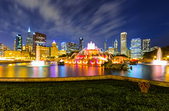 End of Dusk over Chicago Skyline and Buckingham Fountain, Grant Park Chicago Illinois (Greg DuBois Photography) Tags: city longexposure nightphotography pink blue sky urban orange usa chicago reflection green water fountain colors grass yellow skyline architecture night clouds contrast canon buildings stars photography gold lights illinois twilight lowlight midwest aqua cityscape nightlights nightscape skyscrapers unitedstates cloudy dusk teal perspective chitown wideangle citylight