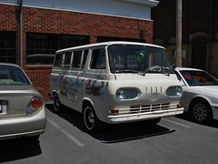 OLD FALCON VAN (richie 59) Tags: summer usa ny newyork ford america outside us unitedstates antiquecar upstate headlights upstateny grill falcon upstatenewyork vehicle newyorkstate van automobiles carshow nys oldford nystate whitevan frontend hudsonvalley 2014 saugerties fordvan oldvan motorvehicles ulstercounty motorvehicle uscar midhudsonvalley vanford fordmotorcompany ulstercountyny saugertiesny falconford 2010s americanvan oldfordvan sawyermotorscarshow fordfalconvan richie59 1960svan july2014 july62014 fomocoford
