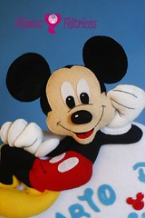 Olá pessoal, sou eu o Mickey (Mimos & Feltrices) Tags: boy mouse bedroom felt disney mickey ornament quarto feltro menino enfeite