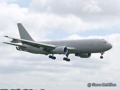 Italian Airforce KC767-A MM62228 arrivals day Waddington (Steve's Piks) Tags: italian airshow boeing airforce tanker raf waddington 1403 wadd kc767 kc767a itaf mm62228 wadd2014