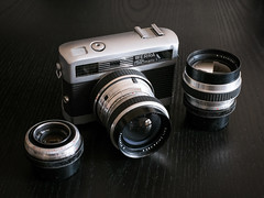 20140621-0086 (www.cjo.info) Tags: 35mm lens rangefinder vintagecamera oldcamera classiccamera werra carlzeissjena werramatic carlzeissjenatessar50mmf28 geocity exif:isospeed=800 exif:make=fujifilm camera:make=fujifilm carlzeissjenaflektogon35mmf28 geostate geocountrys exif:aperture=ƒ56 camera:model=xe1 exif:model=xe1 exif:lens=xf35mmf14r carlzeissjenacardinar100mmf4 exif:focallength=35mm