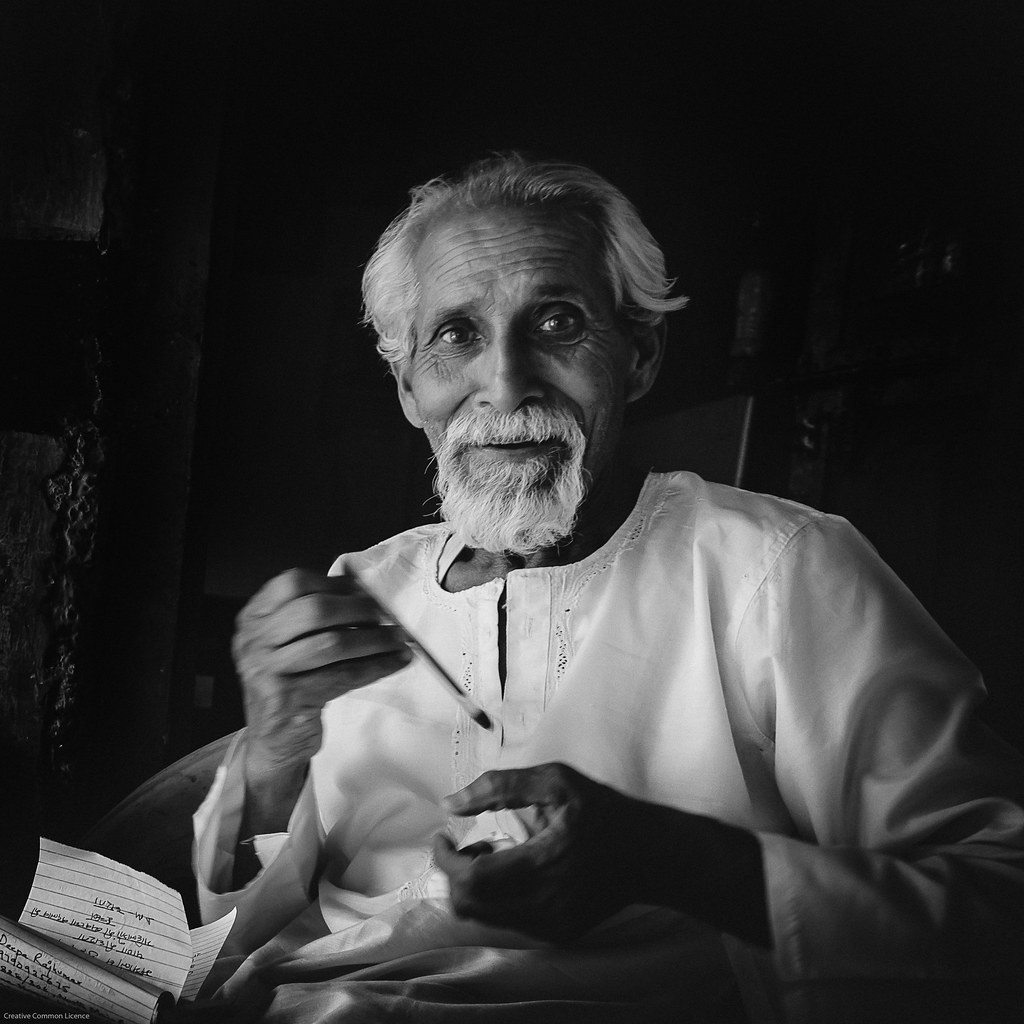 old portrait blackandwhite bw man male senior beard happy faces candid portait expressions wise older wisdom humans abhiyan askot arakot