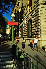 tanto faz (Vitor Nisida) Tags: cidade paris france metro frana urbana metr