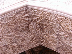 Agra Fort / () (TANAKA Juuyoh ()) Tags: red india architecture design high ruins pattern fort agra hires hi vault res honeycomb unescoworldheritage  muqarnas     5photosaday