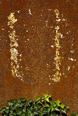 Dtails et matires DDC_1024_1024 (Abode of Chaos) Tags: portrait sculpture streetart france art mystery museum architecture painting graffiti ruins rawart outsiderart chaos symbol contemporaryart steel secret details 911 apocalypse taz peinture container freemasonry artbrut ddc sanctuary cyberpunk landart alchemy modernsculpture prophecy 999 vanitas matter sanctuaire acier dadaisme artprice salamanderspirit organmuseum saintromainaumontdor demeureduchaos thierryehrmann alchimie artsingulier matires prophtie abodeofchaos facteurcheval palaisideal postapocalyptique maisondartiste artistshouses sculpturemoderne francmaconnerie groupeserveur lespritdelasalamandre servergroup
