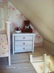 Cottage Peeks (*Joyful Girl ♥ Gypsy Heart *) Tags: miniature blog cottage precious chic etsy 112 dollhouse furnished shabby joyfulgirlgypsyheart