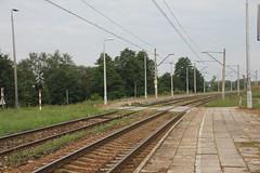 Marcinkw train station 15.08.2014 (szogun000) Tags: railroad station canon crossing tracks poland polska rail railway platforms pkp witokrzyskie kielecczyzna canoneos550d canonefs18135mmf3556is d2925 marcinkw