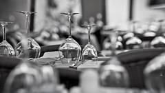 Cups (Hernan Piera) Tags: blackandwhite blancoynegro glass table photography restaurant photo order foto image restaurante pic service fotografia tops mesa imagen copas tabletops vidrio servicio mantel orden cristales copasdemesa