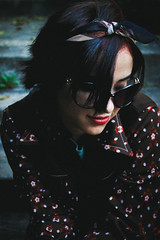 ~Jenniré Narváez (TheJennire) Tags: camera brazil portrait girl smile face sunglasses fashion brasil canon hair cores photography photo colours foto sãopaulo makeup style colores teen sp burlemarx fotografia camara cabelo pelo cabello tumblr