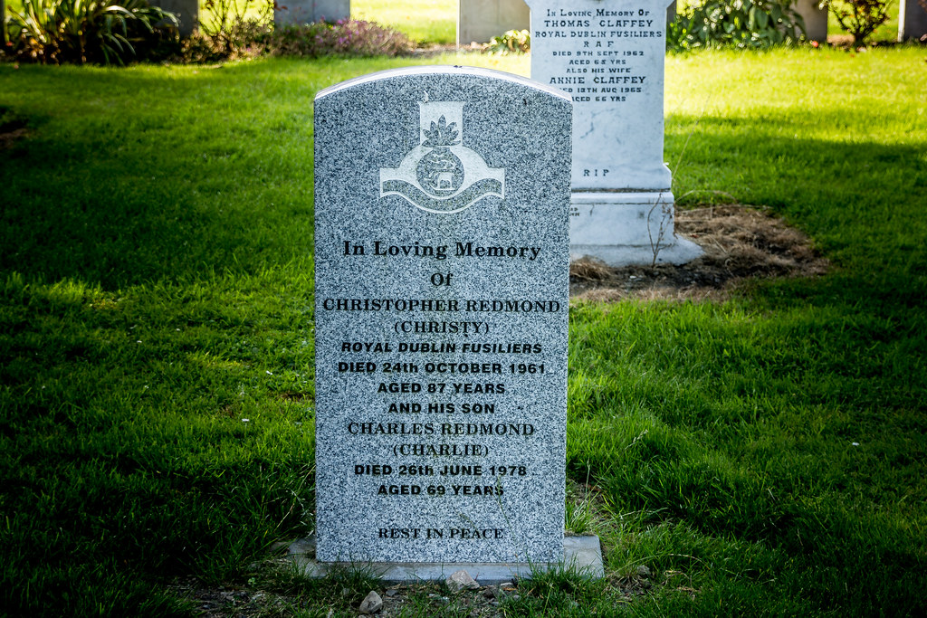 CHRISTOPHER REDMOND [ROYAL DUBLIN FUSILIERS] - GRANGEGORMAN MILITARY CEMETERY Ref-2109