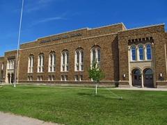 Escanaba, Michigan (Jasperdo) Tags: school building brick history architecture michigan roadtrip upperpeninsula escanaba escanabajuniorhighschool