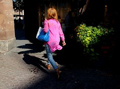 Entre ombres & lumire... (LPiH) Tags: street streetphotography streetscene strasbourg alsace streetphoto streetphotographer