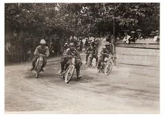 08-piloti-in-curva---circuito-s.-bernardino-1927