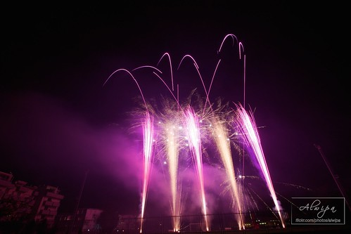 """Fireworks • <a style=""""font-size:0.8em;"""" href=""""http://www.flickr.com/photos/104879414@N07/15253705671/"""" target=""""_blank"""">View on Flickr</a>"""