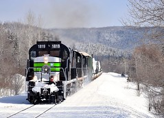A bit of smoke (Michael Berry Railfan) Tags: sociétéduchemindeferdelagaspésie sfg1819 rs18 mlw montreallocomotiveworks alco gaspe gaspesie train unittrain windmilltrain freighttrain