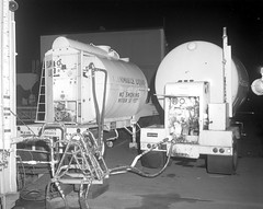 Atlas Collection Image (San Diego Air & Space Museum Archives) Tags: liquidnitrogen tractortrailerrig trailer 1968 valve functionaltest mudflaps nightphotograph hose thermal flammableliquid landinggear flammable f12valve vibrationtest modal modaltest vibration