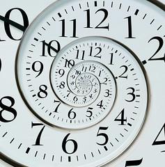 Droste Clock (saish746) Tags: portrait self pixel format effect regression infinite binder droste spiraling