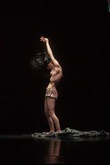 Enter Lady Macbeth_ Compagnia Simona Bucci_ 26/06/2014 (Festival Danza Estate) Tags: festival teatro estate danza donne bergamo nero forme nudo bucci contemporanea corpi assoli