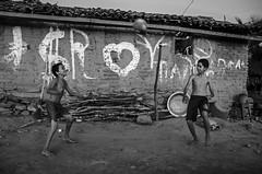 O Circo Brasileiro / The Brazilian Circus (Hlder Santana) Tags: light boy brazil portrait blackandwhite music house game blancoynegro luz boys beauty smile meninos wall brasil contrast ball happy casa football twilight backyard nikon day circo heart natural image circus retrato fifa soccer country joy gray felicidade happiness naturallight dia musica contraste corao alegria beleza sorriso portfolio bola nikkor crepusculo quintal msica chiaroscuro jogo cinza coracao pretoebranco menino copa futebol parede imagem crepsculo pas bealtiful zramalho luznatural breadandcircuses poecirco d7k d7000 heldersantana nikond7000 hldersantana padrofifa
