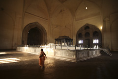 Gol Gumbaz mausoleum (Scalino) Tags: art heritage muslim islam karnataka gol sultanate bijapur golgumbaz gumbaz