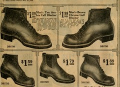 Anglų lietuvių žodynas. Žodis saddle shoe reiškia balno batų lietuviškai.