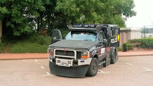 fordf450 cityoflondonpolice baecaerdyddcardiffbay