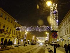 Nowy wiat z dekoracjami (maniak713) Tags: holiday lights january warsaw warszawa wiat nowy 2011 stycze dekoracje owietlenie witeczne s200exr