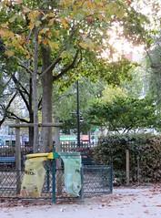 (Machicouly) Tags: park city parque paris square evening ciudad september septiembre soir parc septembre ville tarde machicouly