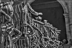 Muixeranga. (Algemes, Valencia, Spain) (PhotoMont) Tags: bw espaa blancoynegro monochrome canon spain canoneos350d amateurs bwdreams bwdigital firstphotographers fvac canonistas valenciatourism hispanicphotographers