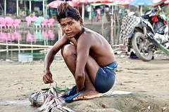 Mandalay - Myanmar (Globetreka) Tags: asia myanmar flickraward fisherman travel theworldinflickr thebestvisions fotoclub unseenasia screamofthephotographer worldtrekker beautifulshot checkoutmynewpics southandsoutheastasianlife allaroundtheworld