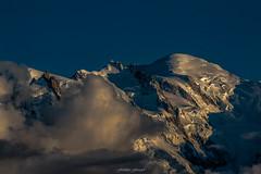 Un Soir en Altitude (Frédéric Fossard) Tags: paysage montagne glacier nature nuage ciel soir lumière montblanc aiguilledumidi montmaudit altitude alpes hautesavoie chamonix massifdumontblanc sérac hautemontagne coucherdesoleil goldenhour crépuscule neige glace