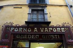 vecchia insegna (marco prete) Tags: lucca tuscany toscana insegna toskana forno vapore