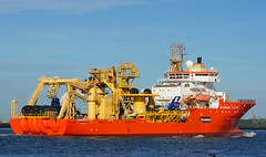 NORMAND CUTTER (kees torn) Tags: offshore nieuwewaterweg portofrotterdam normandcutter sonsub