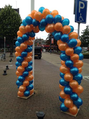 Ballonboog 6m Oranje Cyaan Avondvierdaagse Alblasserdam