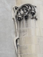 Immeuble (1903-1904) - 2-2 bis avenue Victor Hugo, Dijon (21) (Yvette Gauthier) Tags: architecture dijon 21 artnouveau ctedor eugnebrey